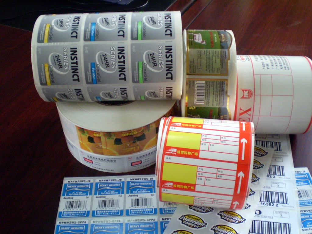 Paper stickers labels in roll